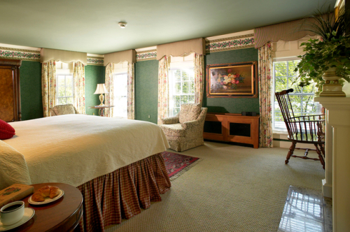 rooms__suites_20111212_1811778575